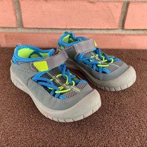 OSHKOSH B'GOSH Bump Toe Shoes Washable Toddler 10